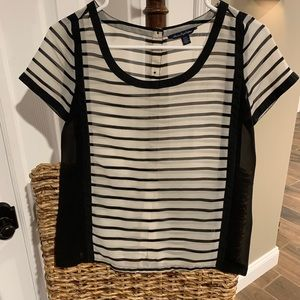 American Eagle button back top